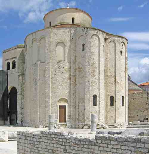 St. Donat's Church, Zadar with Roman remains in front © Ricky Yates