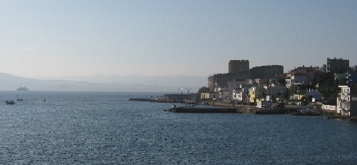 The Dardanelles - Europe on the right, Asia on the left © Ricky Yates