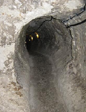Tunnel in the Underground City at Derinkuyu © Ricky Yates