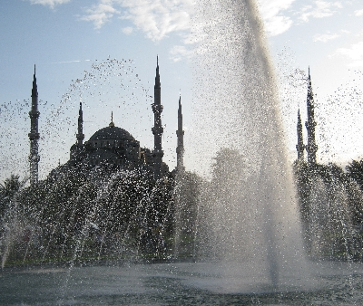 Blue Mosque in Istanbul through fountain © Ricky Yates