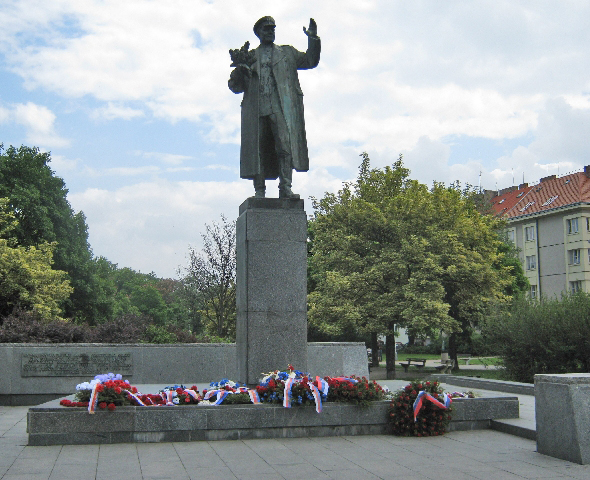Statue of  Soviet Marshall Ivan Konev with floral tributes © Ricky Yates