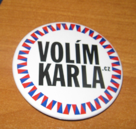 Lapel badge for supporters of Karel Schwarzenberg © Ricky Yates