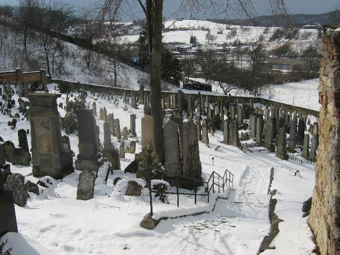 Jewish cemetery in Boskovice © Ricky Yates