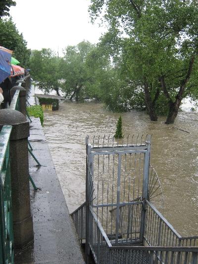 Flooded riverside bar © Ricky Yates