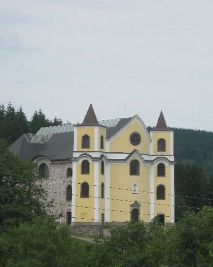 Neratov Church © Ricky Yates