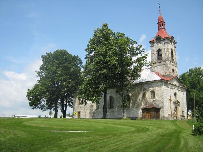 Nebeská Rybná Church with the fouth green alongside! © Ricky Yates