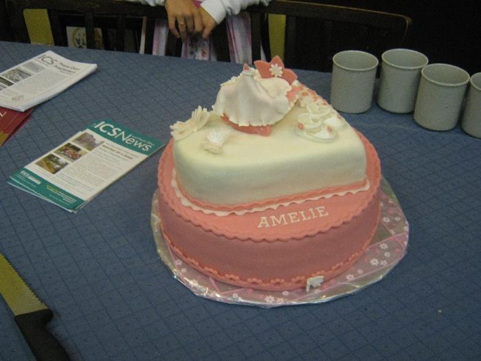 Amelie's amazing baptism cake © Ricky Yates