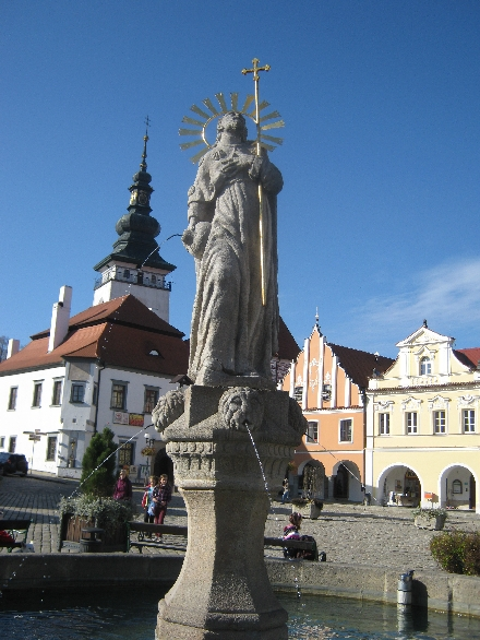 Fountain with statue of St. James © Ricky Yates
