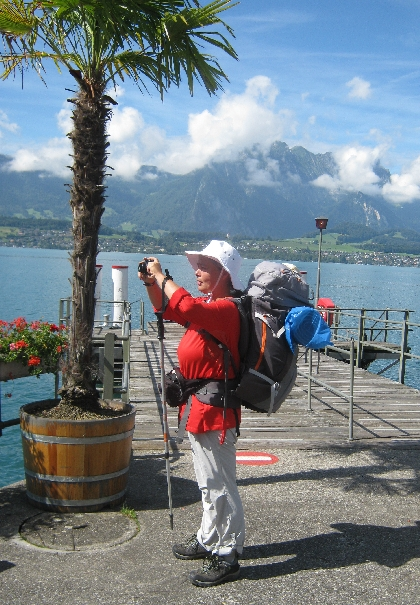 Sybille taking a photograph alongside the Thunersee © Ricky Yates