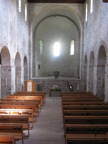 Interior of Amsoldingen Church © Ricky Yates