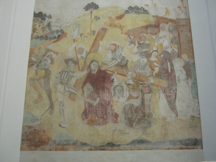 Fresco of Jesus carrying his cross © Ricky Yates
