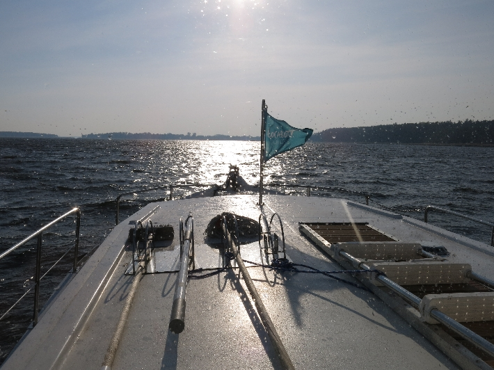 Sun and spray on Lake Mikolajskie © Sybille Yates