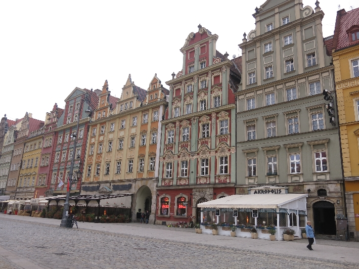 Buildings on one side of Wroclaw Market Square © Sybille Yates