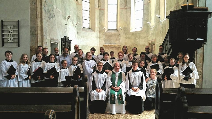 With the Choir of Little St Mary's, Cambridge, UK © Melissa Guiliano