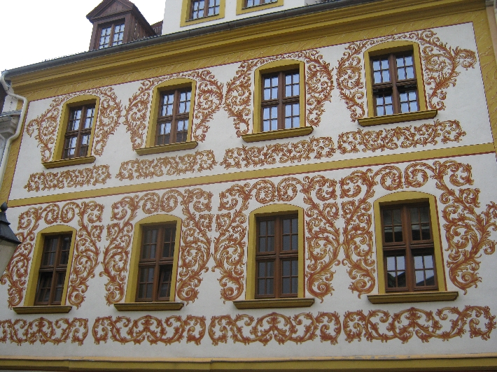 Beautiful exterior decoration on a Görlitz building © Ricky Yates