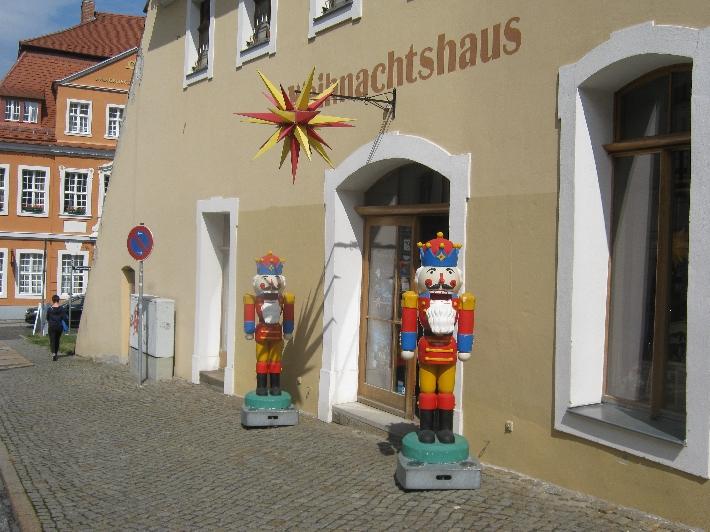 Weihnachtshaus, Görlitz © Ricky Yates