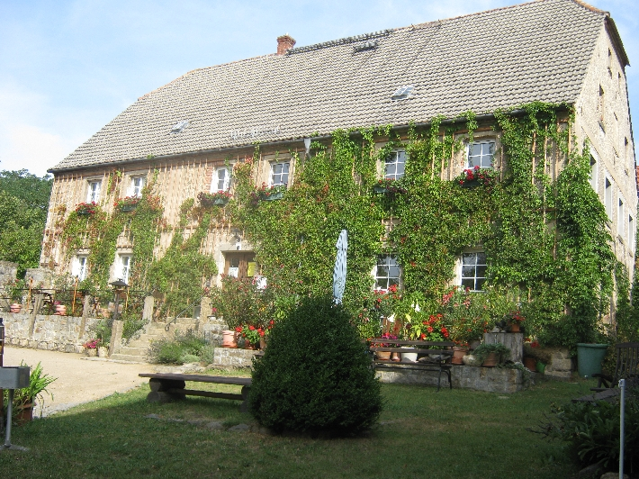 Protestant Pastor's home in Arnsdorf © Ricky Yates